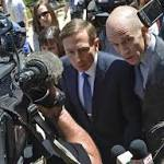 Petraeus prepares to plead guilty