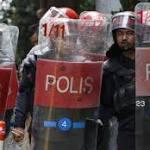 Anwar Ibrahim: Australia 'deeply concerned' at severity of sentence