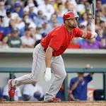 Pujols Hits 3-Run Homer, Angels Beat Cubs 8-4