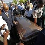 BB King recalled with love, humor at Mississippi funeral