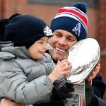 NFL notebook: Patriots celebrate with parade in Boston