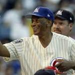 Cubs and city of Chicago to host Ernie Banks memorial on Wednesday