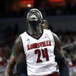 Cards find Pitino's 700th is a struggle, 45-33