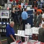 Black Friday winds down; shoppers wind up with big bargains