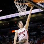 Dragic lifts Heat late, Miami tops Charlotte 105-100