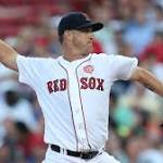 Red Sox Wrap: Steven Wright, Boston's Offense Dominate Twins In 13-2 Win