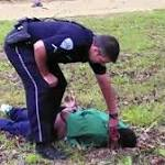 Did North Charleston, SC, police try to aid Walter Scott after shooting?