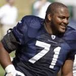 Walter Jones heads to Canton a model of consistency, on and off the field