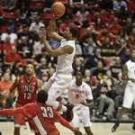 No. 10 San Diego State flexes defensive muscle against UNLV