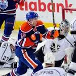 Los Angeles Kings D Robyn Regehr hangs up his skates after 15 years in NHL