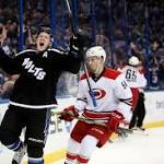 Lightning sets team record with 9th straight win