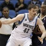 Cavaliers are among NBA favorites with Kevin Love