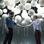 Broadway Review: 'Constellations' Starring Jake Gyllenhaal, Ruth Wilson
