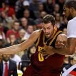 Report: Rockets to pursue LaMarcus Aldridge and Kevin Love