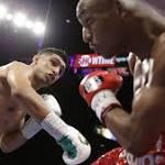 Khan wins welterweight decision over Alexander