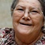 'The Thorn Birds' author Colleen McCullough dies at 77