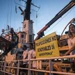 Greenpeace: 4 Activists Hurt off Canary Islands