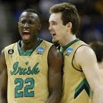 NCAA tournament schedule: Elite 8 Saturday times, TV guide