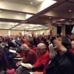 More than 750 people turn out for meeting on oil-train study