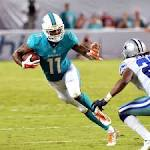 Vikings acquire wide receiver Mike Wallace from Dolphins