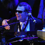 Ronnie Milsap, 2 others, join Country Music Hall