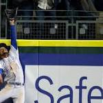 Kansas City Royals one-hit the Seattle Mariners -- and lose 1-0