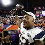Giants Agree to Deals With Former Patriots Vereen, Casillas