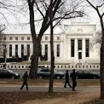 Fed looks at exit fees on bond funds
