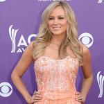 Carrie Underwood, Taylor Swift: ACM Awards Performance Dresses
