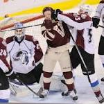 Avalanche get three goals in second and defeat Vancouver 4-1