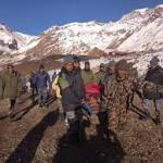 Stranded trekkers rescued in Nepal as avalanche, blizzard deaths rise to 29 ...