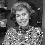 Eileen Ford dies; her agency set standards for the modeling industry
