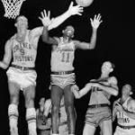 Earl Lloyd, 1st black player in NBA, dies at 86