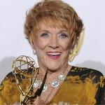'Young and Restless' star Jeanne Cooper dies at 84 - Newsday