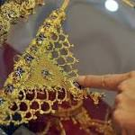 Gold heads for biggest weekly fall in four months