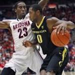 College basketball: No. 2 Arizona grinds out win over struggling Oregon