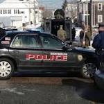 Police standoff in Dartmouth, Mass. neighborhood