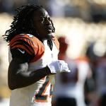 Thursday moves: Bengals keep Pacman Jones; Titans sign Bernard Pollard