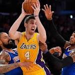 Lakers blow out Knicks behind phenomenal bench play