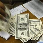 Dollar Falls to One-Month Low Versus Euro as Krone Slides