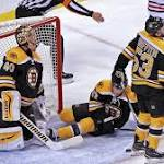 Bruins rally can't get Blackhawks