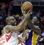 Randle adjusting to life on Lakers' bench