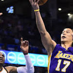 Lakers' defense gets lost in defeat by Oklahoma City, 127-117