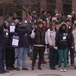 Postal workers deliver message: Don't stop 6-day service