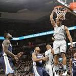 Kawhi Leonard leads Spurs to 32-point victory over Grizzlies