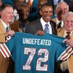 Obama and '72 Dolphins, a salute after 40 years
