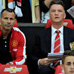 United stumbles in Van Gaal's debut