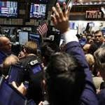 Earnings lift S&P 500, Nasdaq; S&P's best week since July