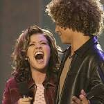 American Idol's Retrospective Is a Must-Watch for Any Former Superfan (& Anyone Who Worships Kelly Clarkson)