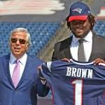 Patriots sign first-rounder Malcom Brown, release TE Fred Davis